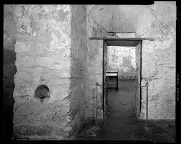 TX-318-A-22 Door between Monks Burial Ground and nave